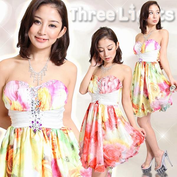 ワンピース通販〜スリーライツブランドの鮮やかで綺麗なバラ柄♪裾くるくるスカートで可愛さ倍増!ミニドレス
