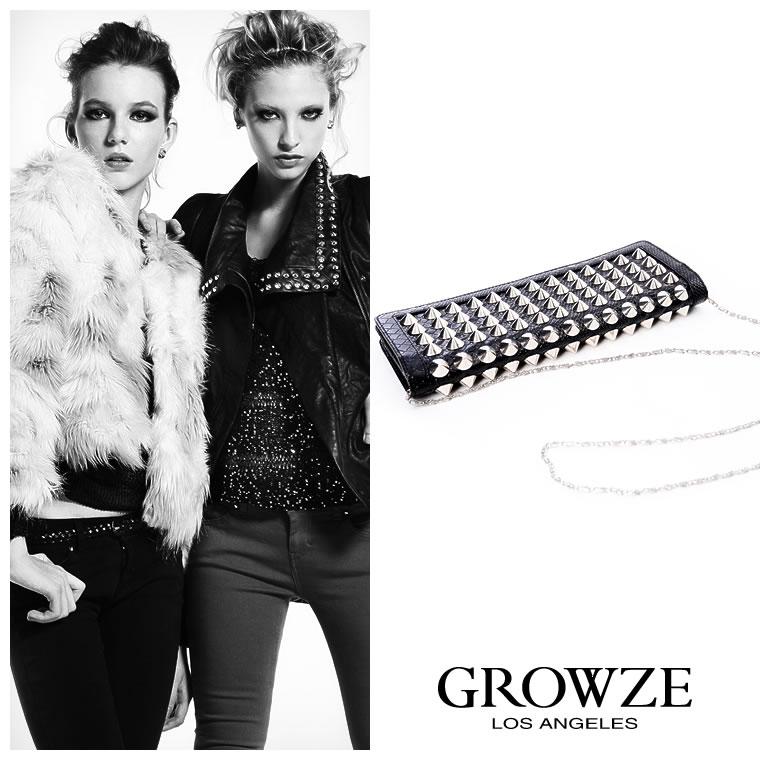 バッグ通販〜GROWZEブランドの【GROWZE】総ポインテッドスタッズパイソンクラッチバッグ