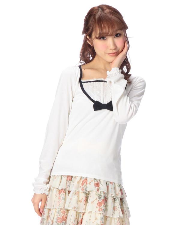 シャツ通販〜LIZ LISAブランドの【Penderie】前ヨークフリルトップス