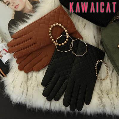 服飾小物通販〜KawaiCatブランドの【gl10317】 暖かく高級感のあるリアルシープ素材♪キルティングデザインのリアルシープグローブ