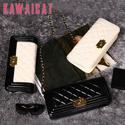 ハンドバッグ通販〜KawaiCatブランドの【ba10875】すっきりた高級感のあるキルティング柄デザイン♪チェーンストラップ付きで2Wayで使えるクラッチバッグ