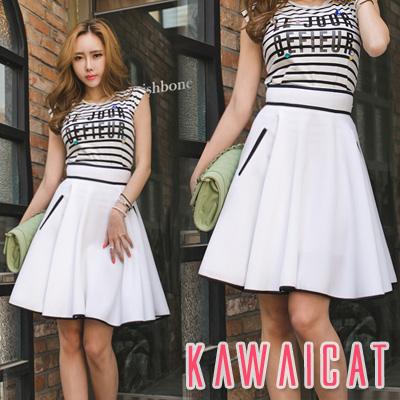 スカート通販〜KawaiCatブランドの【sk11208】配色ラインでスリム効果を与えてくれる配色ラインポイントハイウエストフレアスカート