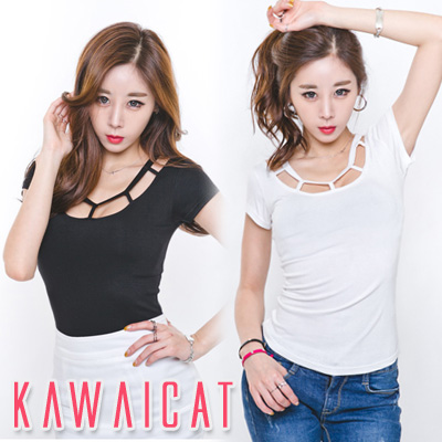シャツ通販〜KawaiCatブランドの【C-style】【ts11367】スクエアカットでネックラインと胸元をセクシーに演出☆ネックラインスクエアカットポイント半袖Tシャツ