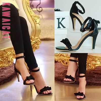 靴通販〜KawaiCatブランドの【sh11416】すっきりとしたブラックカラーデザインが魅力的♪リボンポイントデザインのシンプルなヒールサンダル