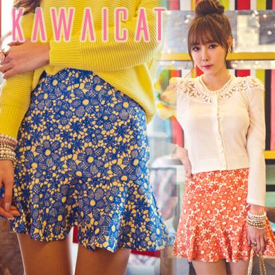 スカート通販〜KawaiCatブランドの【50%OFF】【sk8424】 流行りのフラワー柄スカート♪Aラインで広がるラインがとても女性らしい花柄ミニスカート