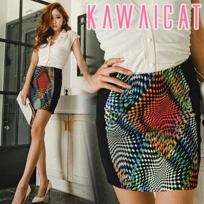 スカート通販〜KawaiCatブランドの【C-style】【50%OFF】【sk8480】スッキリとした印象を与えるユニークな幾何学模様プリントスカート
