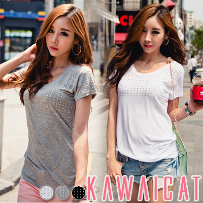シャツ通販〜KawaiCatブランドの【C-style】【50%OFF】【ts9058】ルーズなフィット感でラフに着こなせるスタッズ装飾ポイントTシャツ