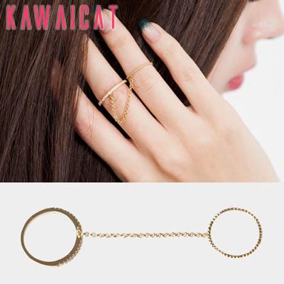 リング通販〜KawaiCatブランドの【ac9905】 細いチェーンでつながれた繊細なツインデザインが◎♪チェーンゴールドツインリング